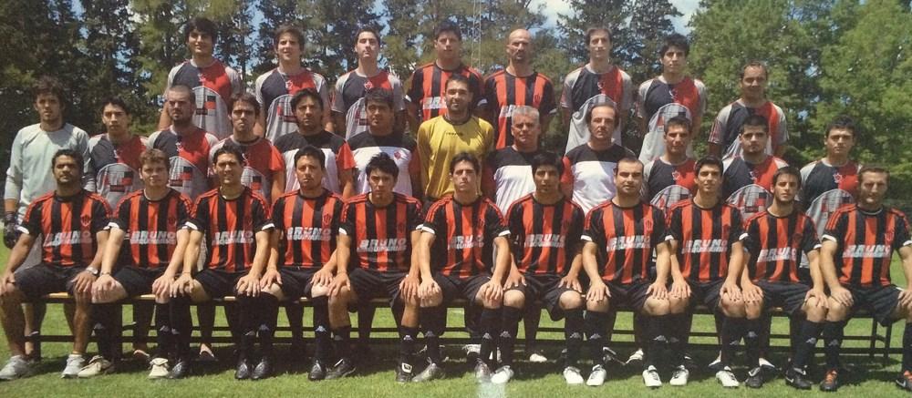 2011. Campeón Primera División Torneo Apertura y Absoluto